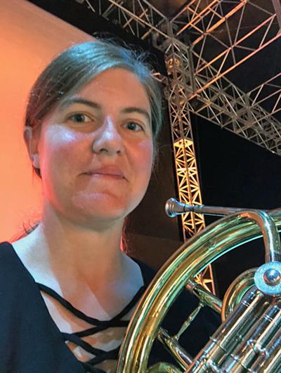 Molly Nocross Cincinnati Summit Park stage